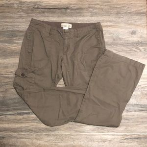 Old Navy Cargo Pants Size 4R, Grey-Brown